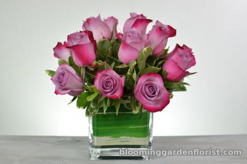 Lavender Roses In Cube Vase - B75