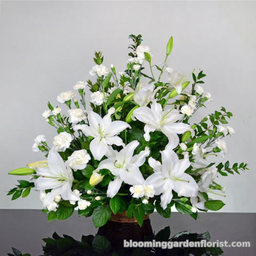 Lovely White Roses and Lilies Design- B418