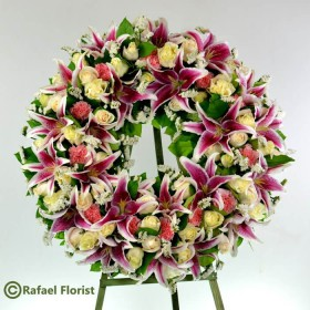 Heavenly Lilies Wreath - SW18