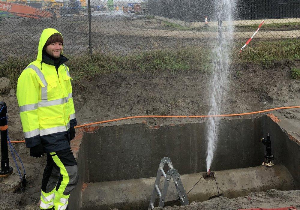leaking pipeline