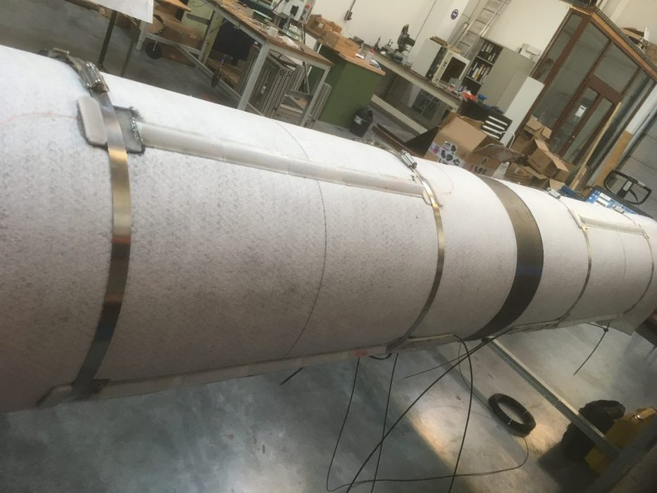 fiber installation on pipeline
