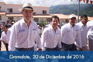 Presidente Santos celebra la novena en Gramalote