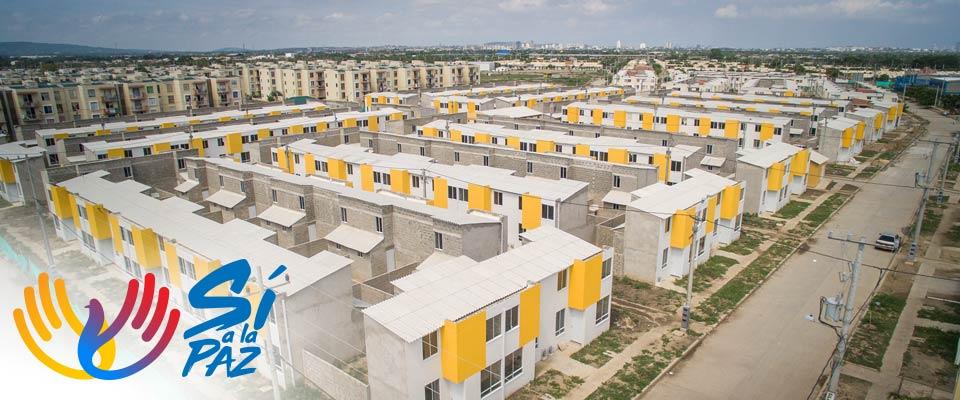 Presidente Santos entrega 418 viviendas en Cartagena a familias afectadas por ola invernal