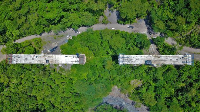 Construcción de viaducto en vía Cimitarra- Landázuri tiene un avance del 75%
