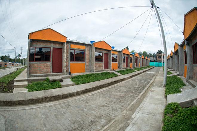 En Tumaco 170 familias reciben casas nuevas adaptadas al cambio climático