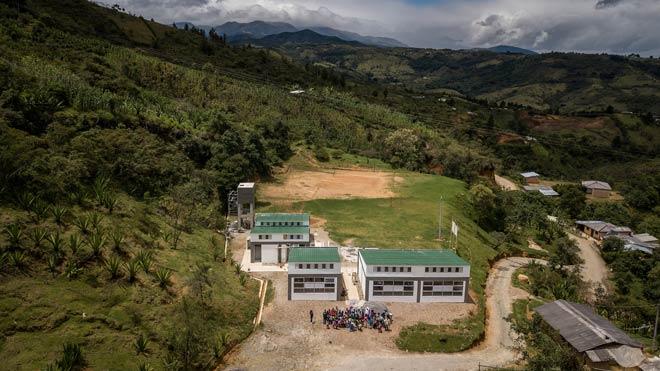 Alumnos indígenas Nasa ya tienen colegio adaptado al cambio climático en Totoró (Cauca)