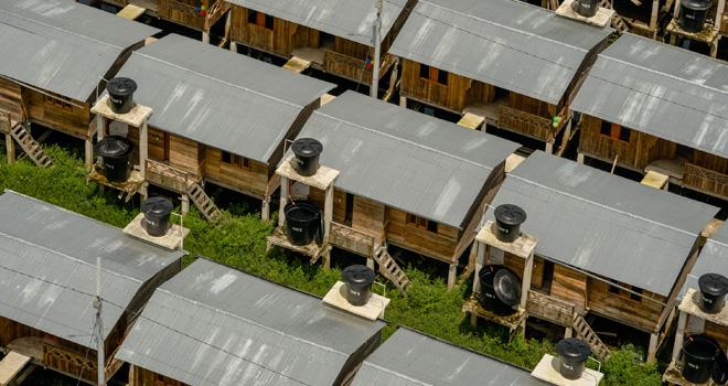 175 chocoanos reciben viviendas adaptadas al cambio climático