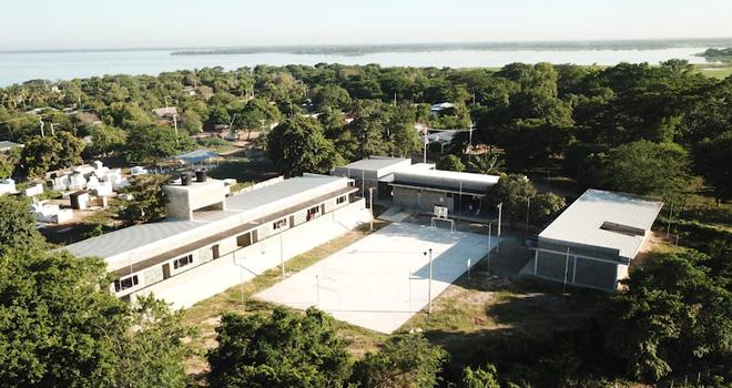 """Fondo Adaptación hace """"entregatón"""" de colegios y viviendas en Magdalena"""