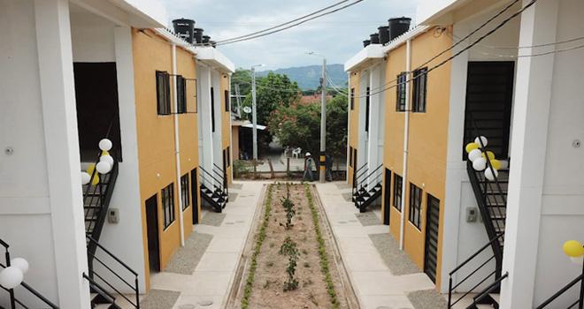 Más de 170 personas reciben su casa nueva y adaptada al cambio climático en Purificación, Tolima