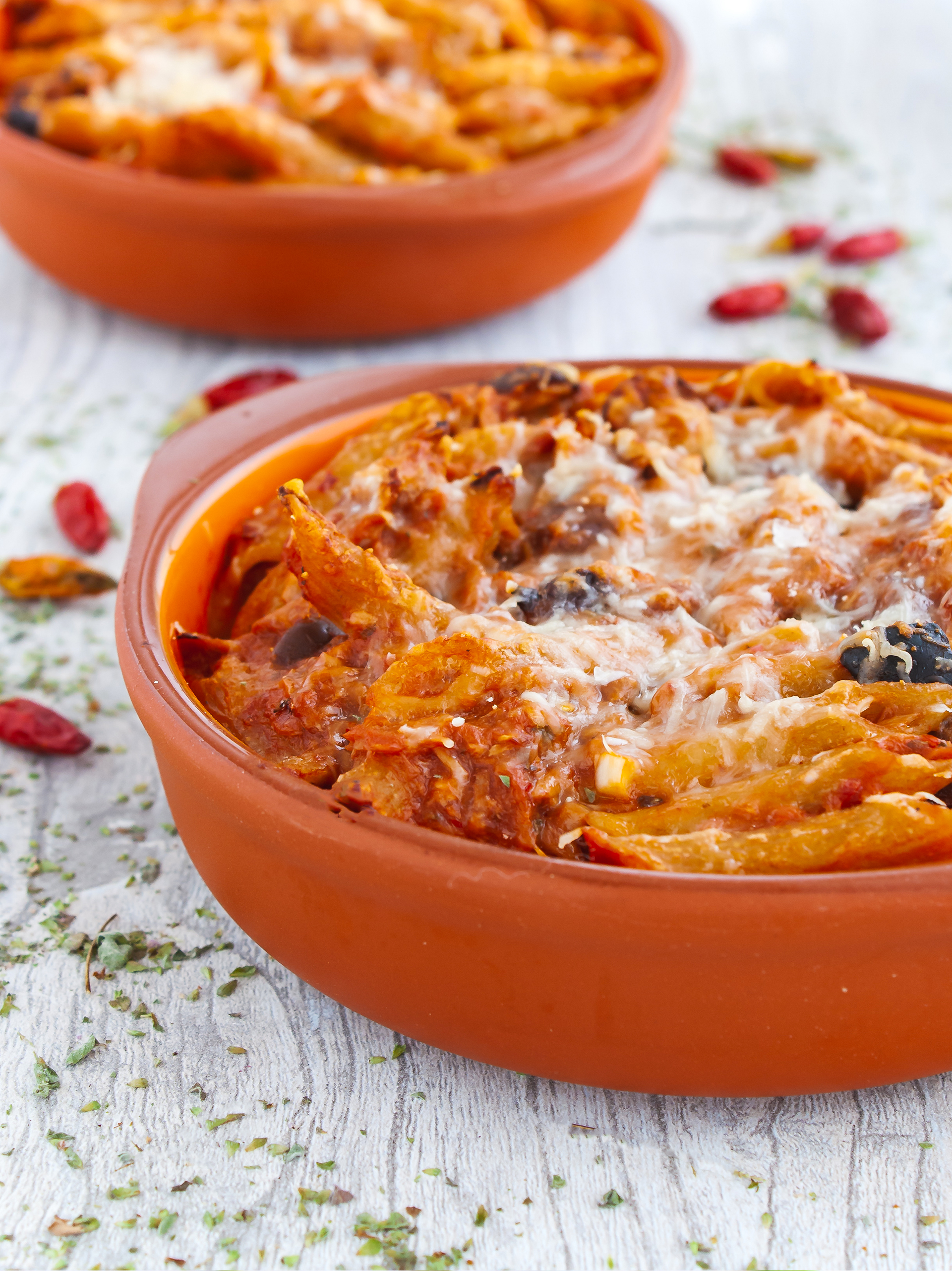 Spicy Tuna and Tomato Pasta Bake with Black Olives  Thumbnail