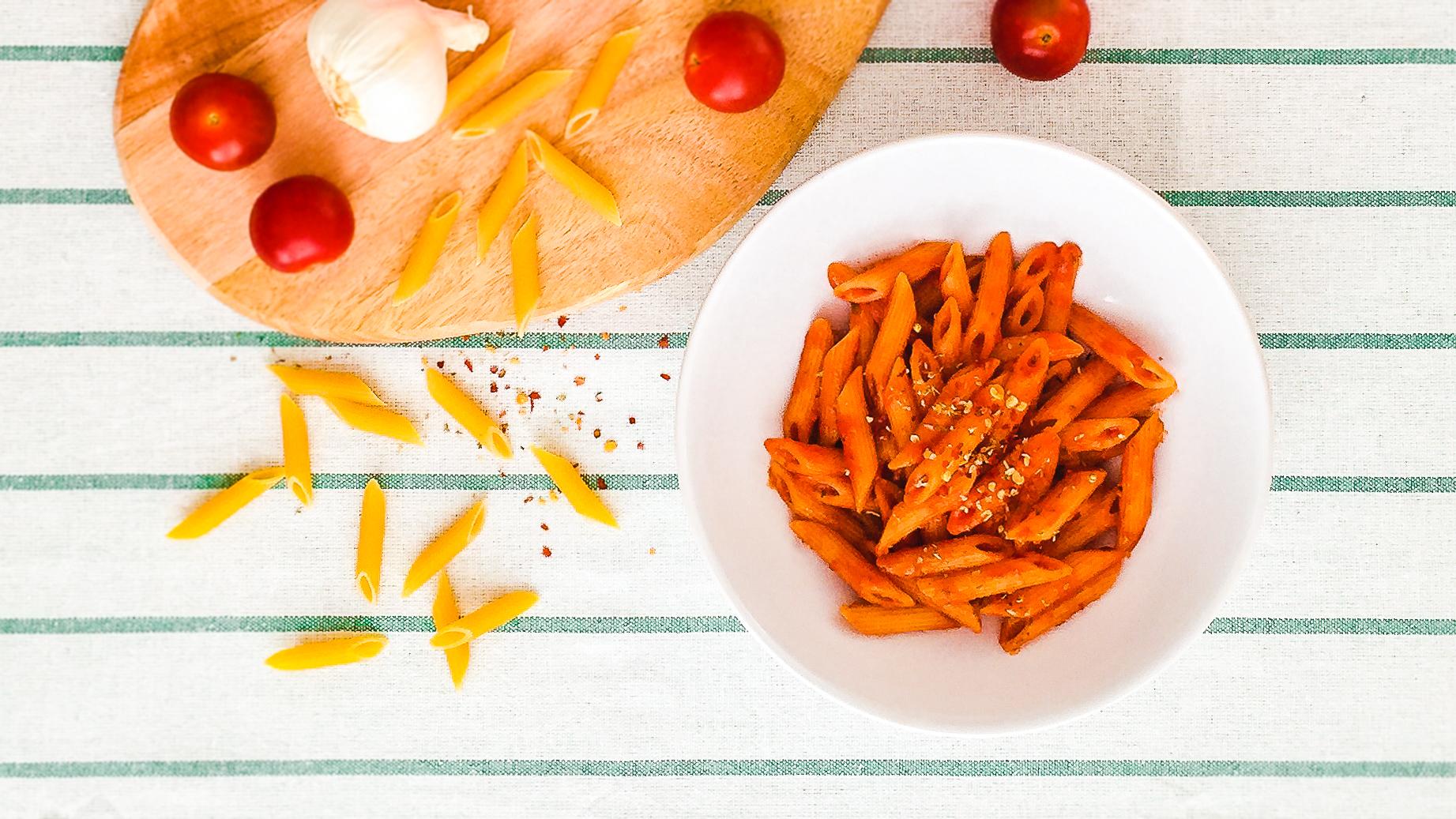 Italian Chilli Tomato Sauce Pasta   Thumbnail