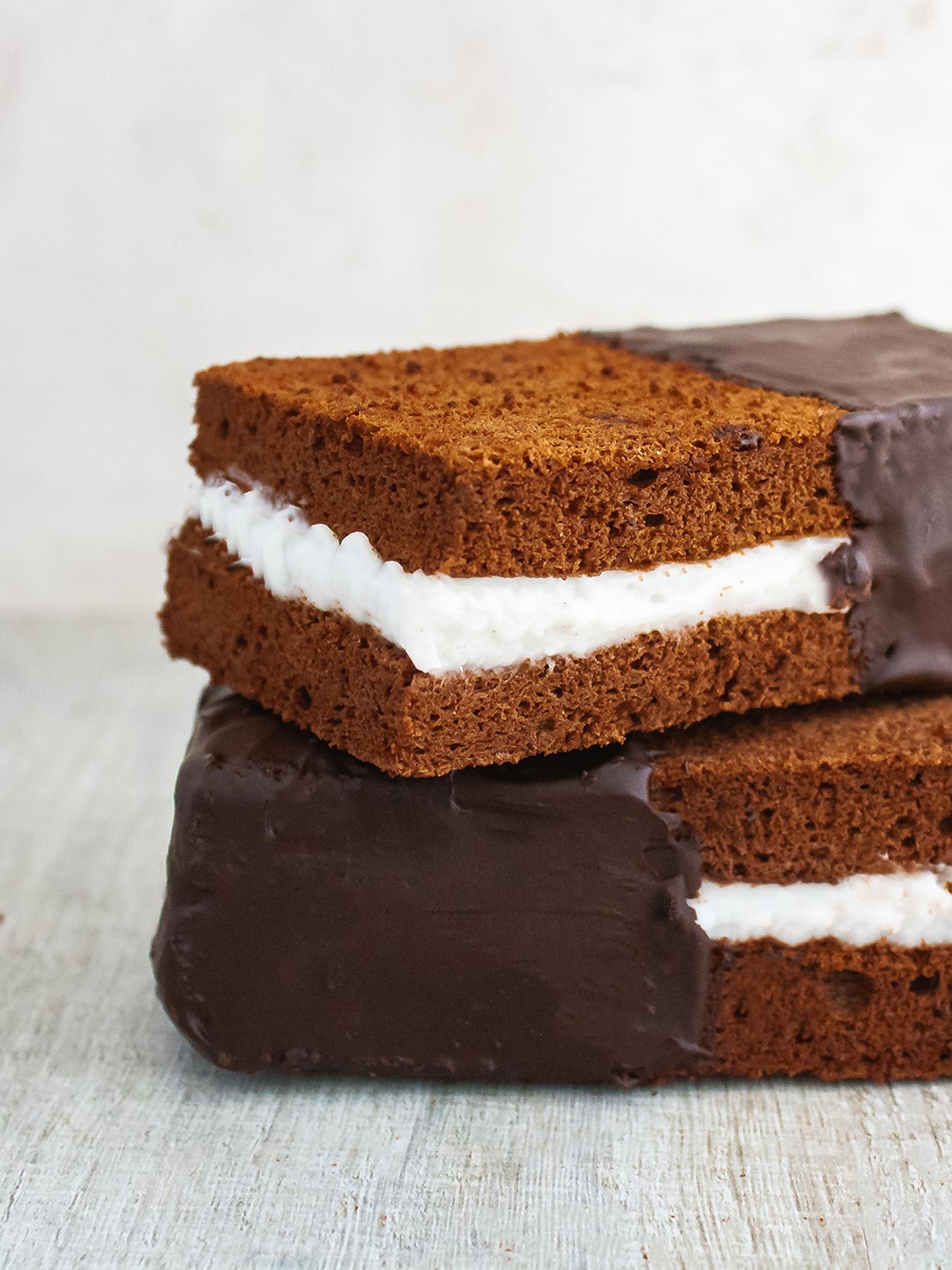 Easy Chocolate Coconut Cream Cake Bar  Preview