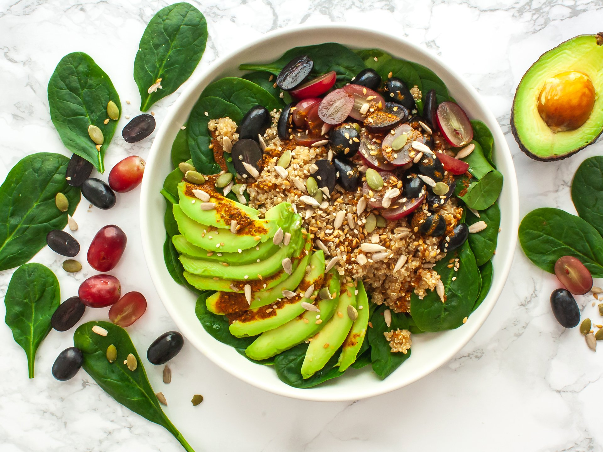 Quinoa Avocado Spinach Salad with Grapes
