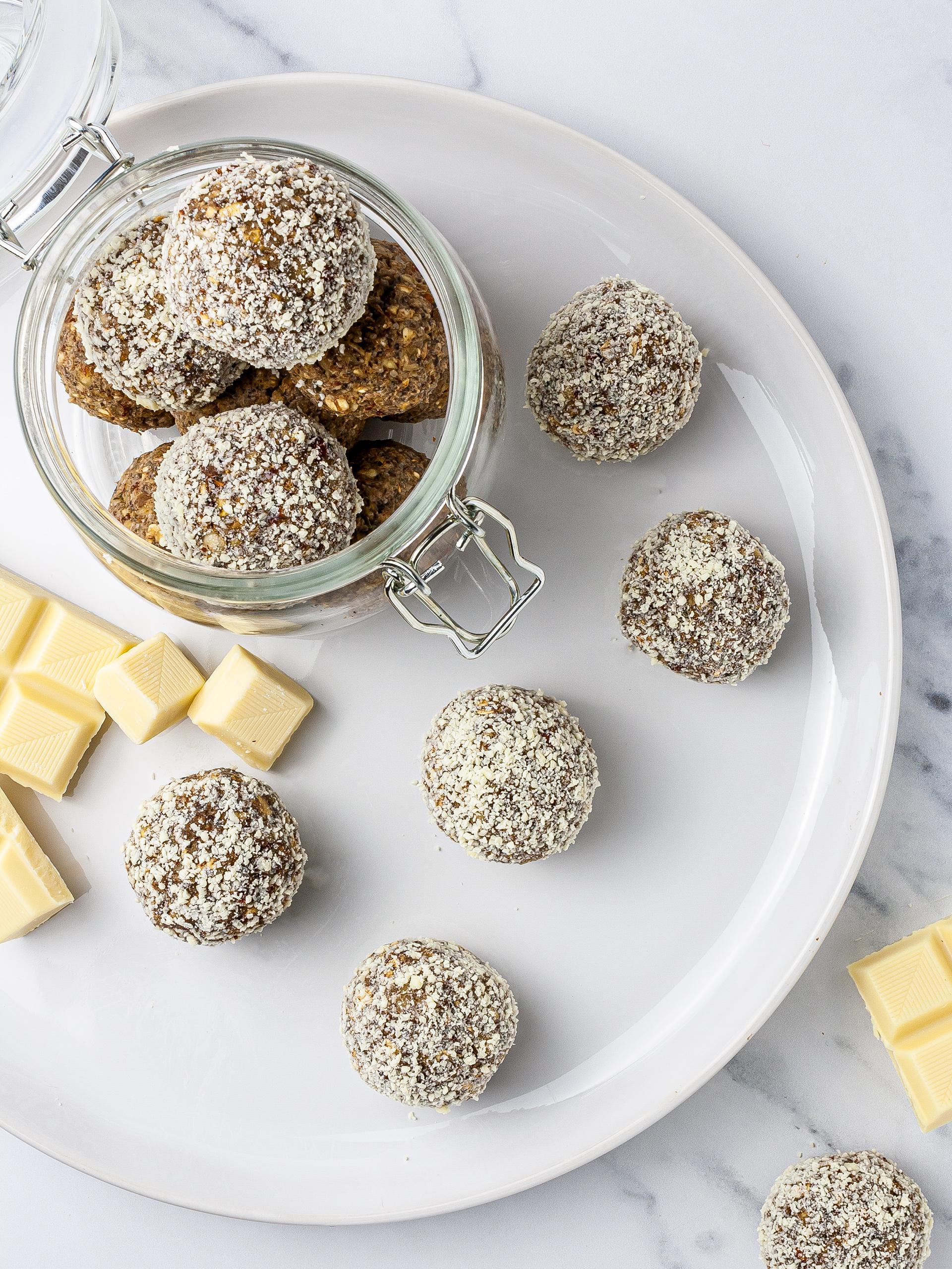White Chocolate Protein Balls with Hemp Seeds Recipe Thumbnail