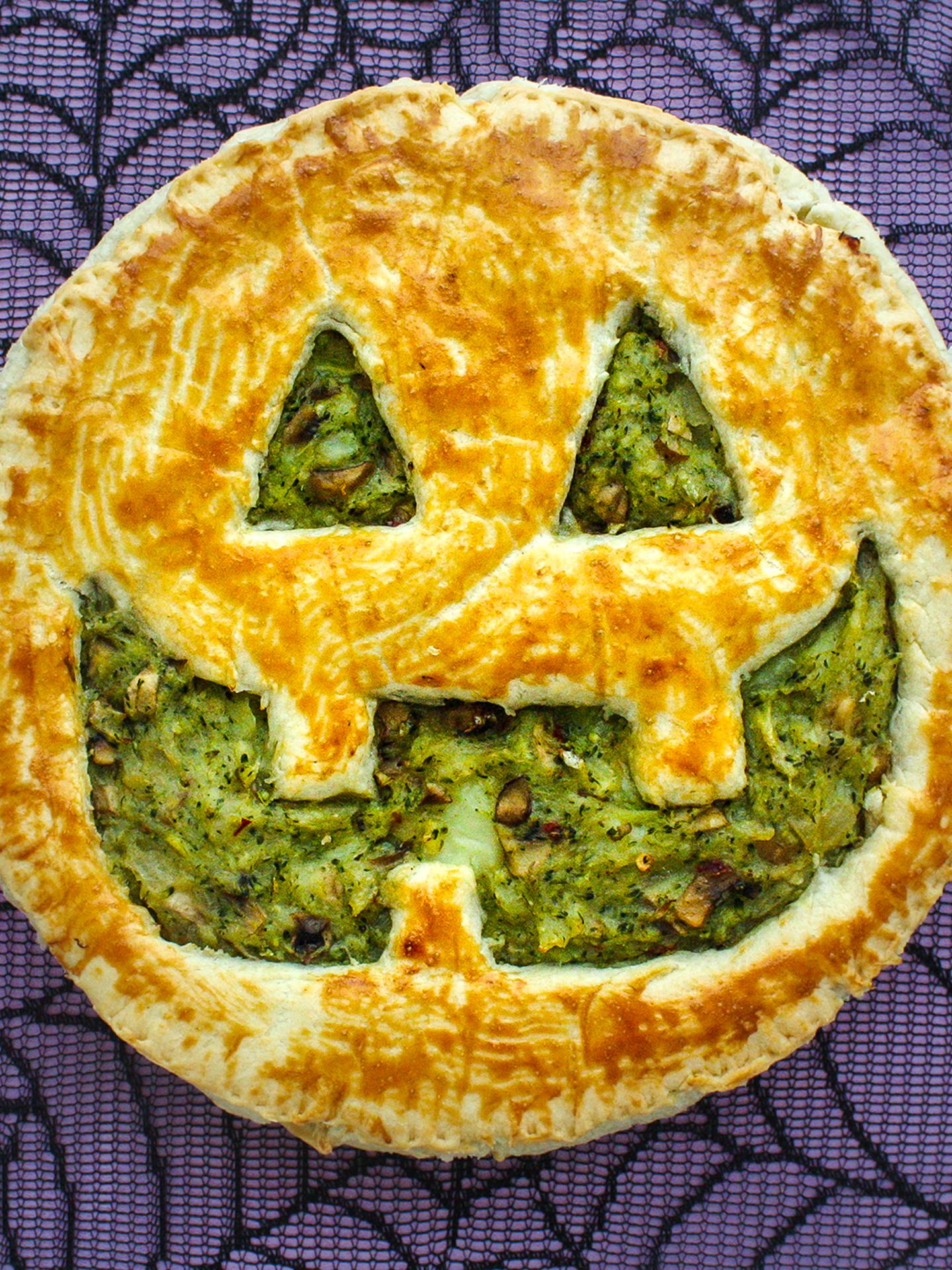 Easy Vegan Halloween Party Pie  Preview