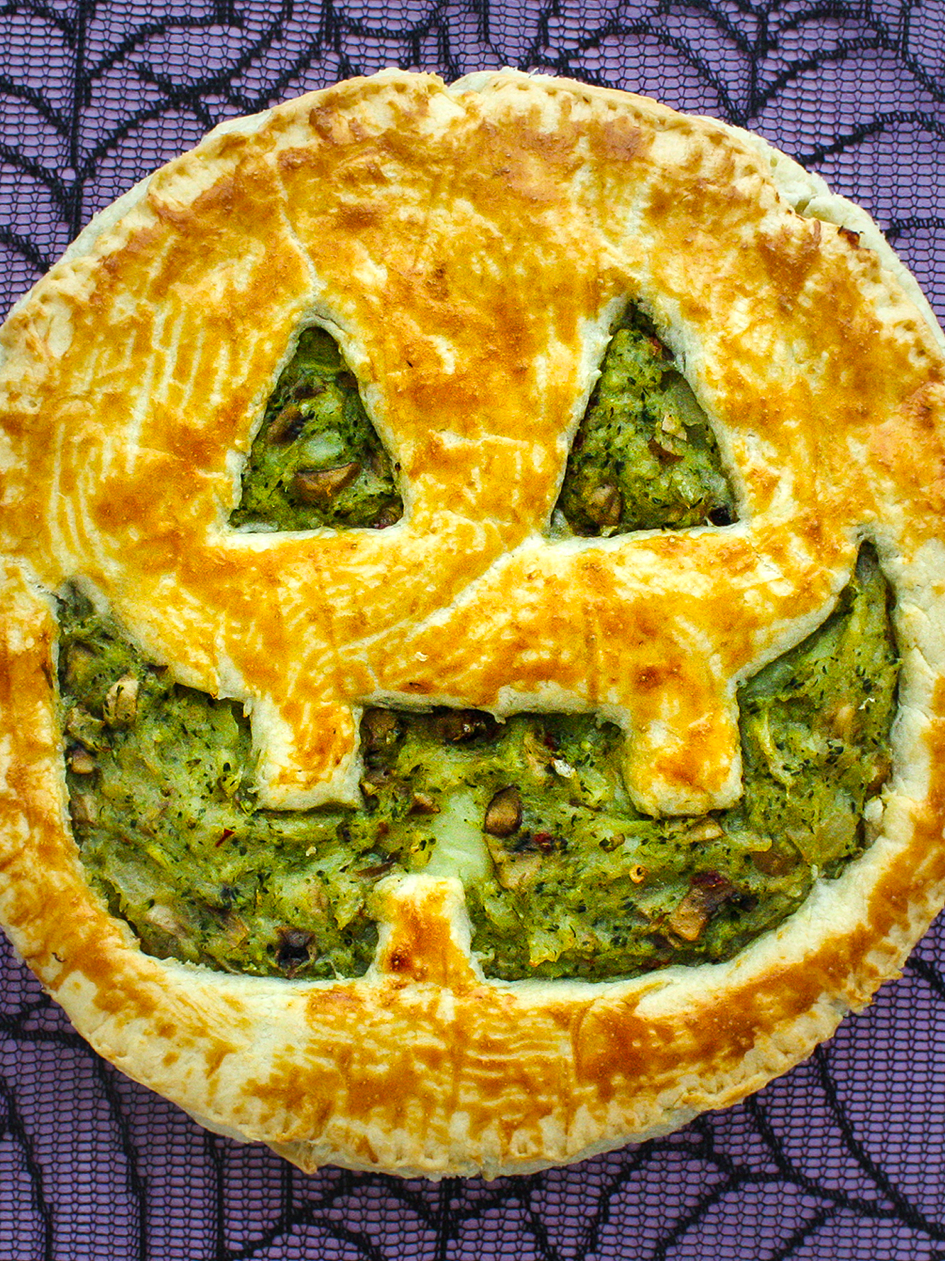 Easy Vegan Halloween Party Pie  Preview