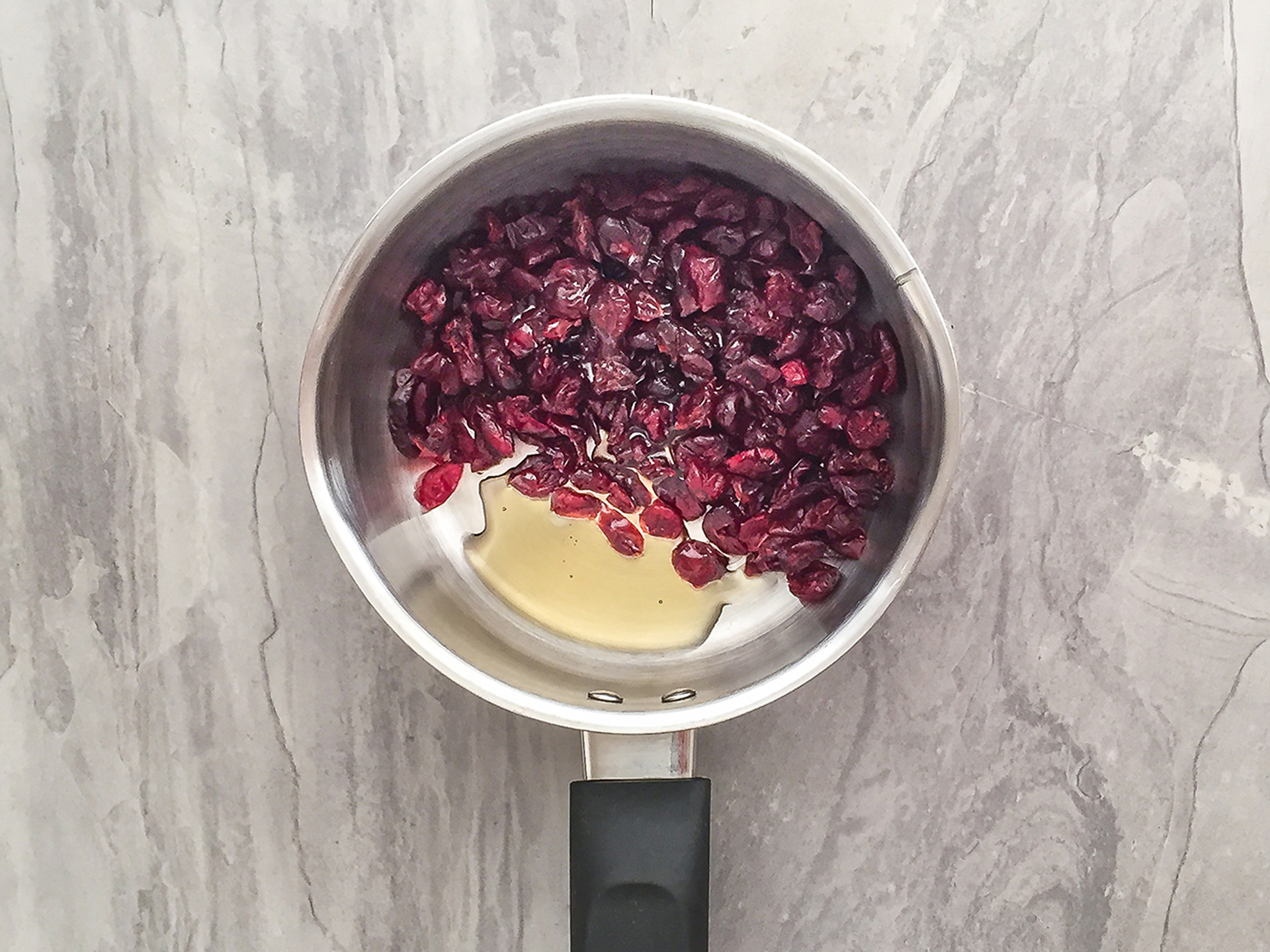 Step 1.1 of Low Carb Dried Cranberry Sauce without Sugar
