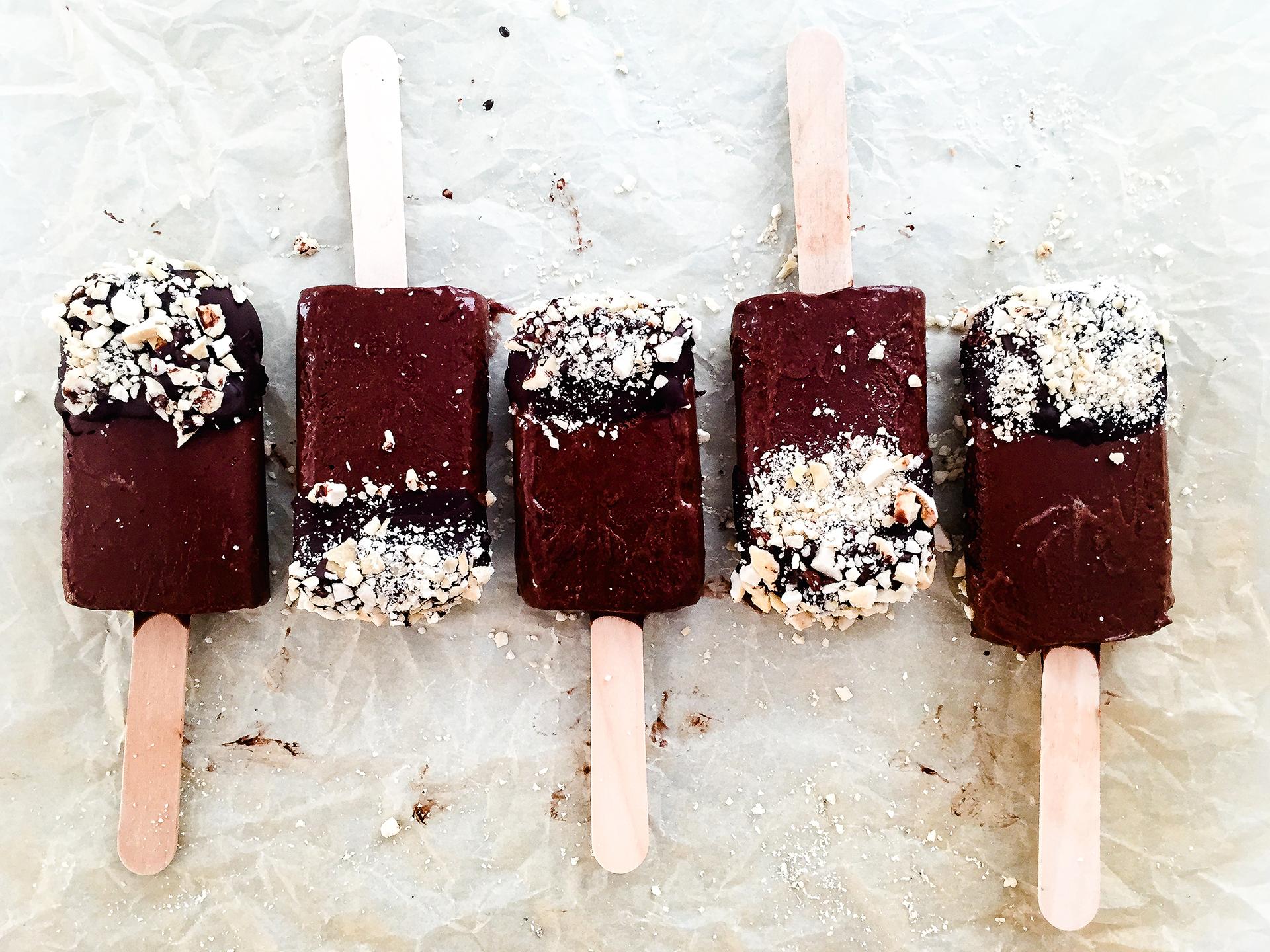 Vegan High Fibre Dark Chocolate and Banana Popsicles Preview