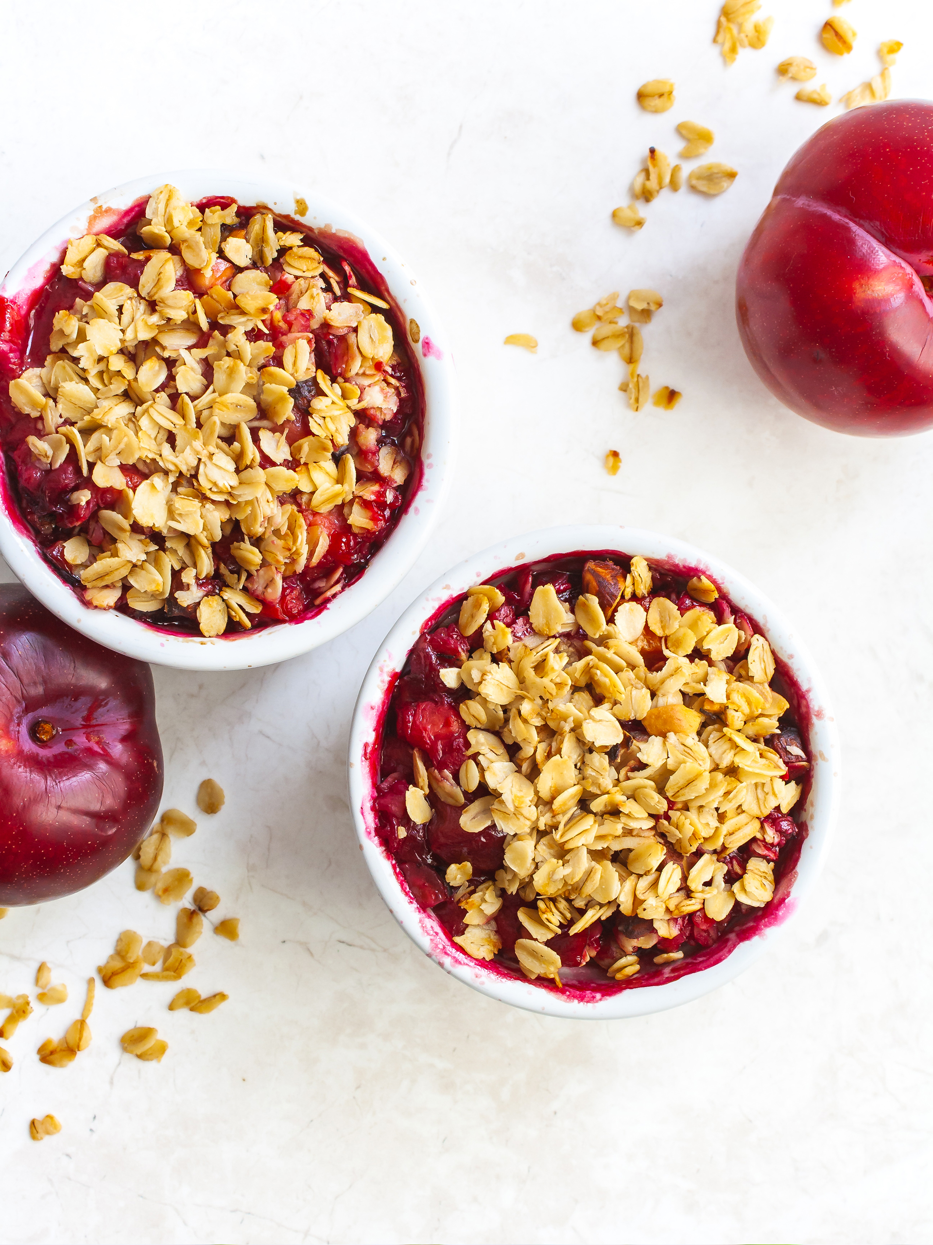 Healthy Vegan Plum Crumble with Oats and Nuts Thumbnail