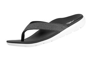 Groove Sport  Black/White (Female/Senior)