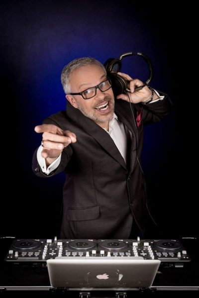Singing DJ Frankfurt DJ Heartfield