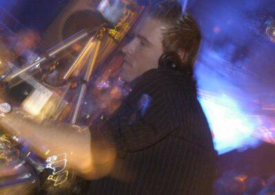 DJ OliVibez