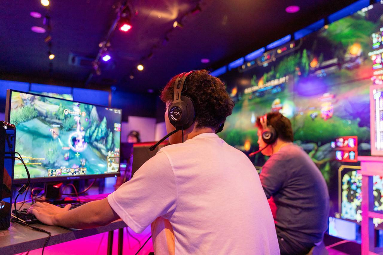 東京都 Red Bull Gaming Sphere Tokyo