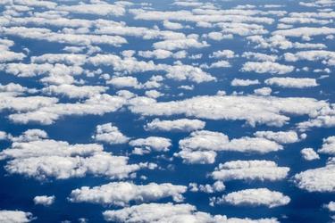 Wolkenvelden boven Tenerife