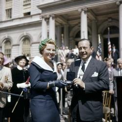Prinses Beatrix en burgemeester Wagner