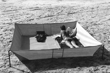 Zonnebaden in Zandvoort