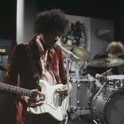 Gitaarlegende Jimi Hendrix in de studio