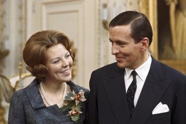 Beatrix en Claus op Paleis Soestdijk