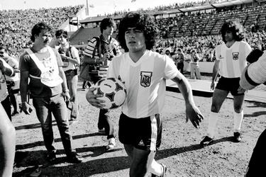 Maradona bij het Mundialito