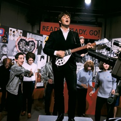 John Lennon treedt op