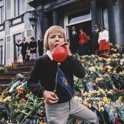 Jonge Willem-Alexander op Koninginnedag
