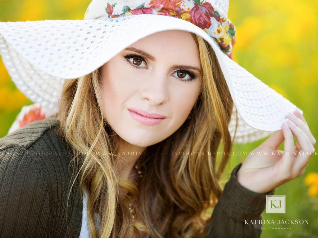 Senior Stunner | June 13
