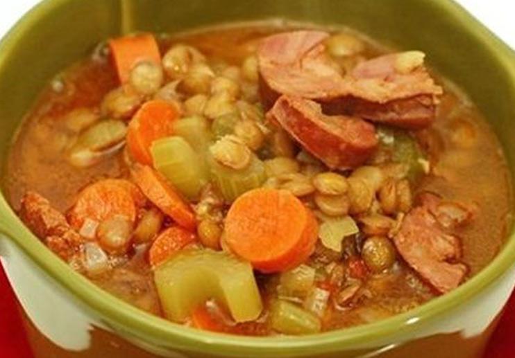 Lentil and Chorizo Soup (Lentejas con Chorizo)