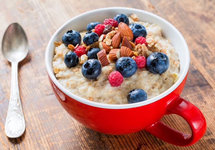 Oatmeal With Olive Oil And Berries
