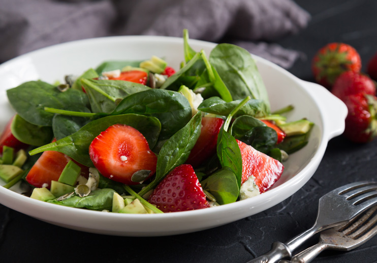 Spinach and Strawberry Salad with Bacon