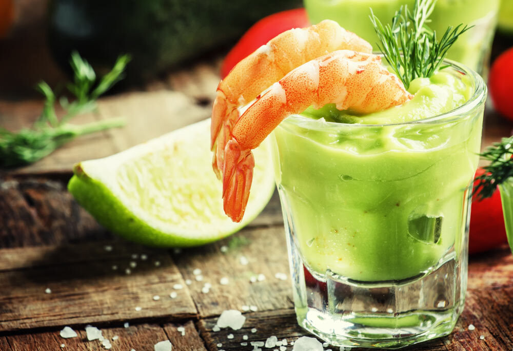 Prawns with Zingy Avocado Dip