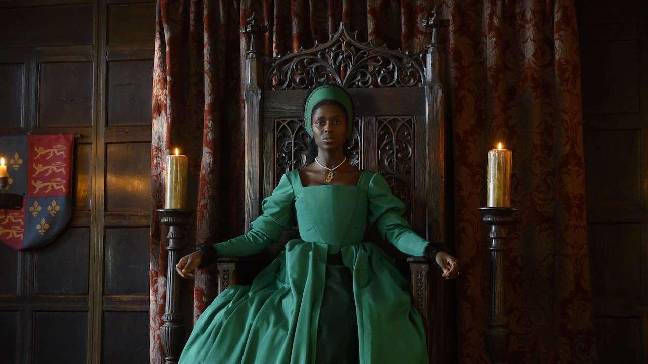 Jodie Turner-Smith as Anne Boleyn in green tudor dress