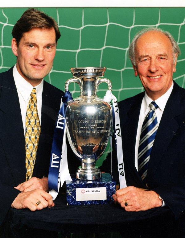 Euros 1996 finals cup shot