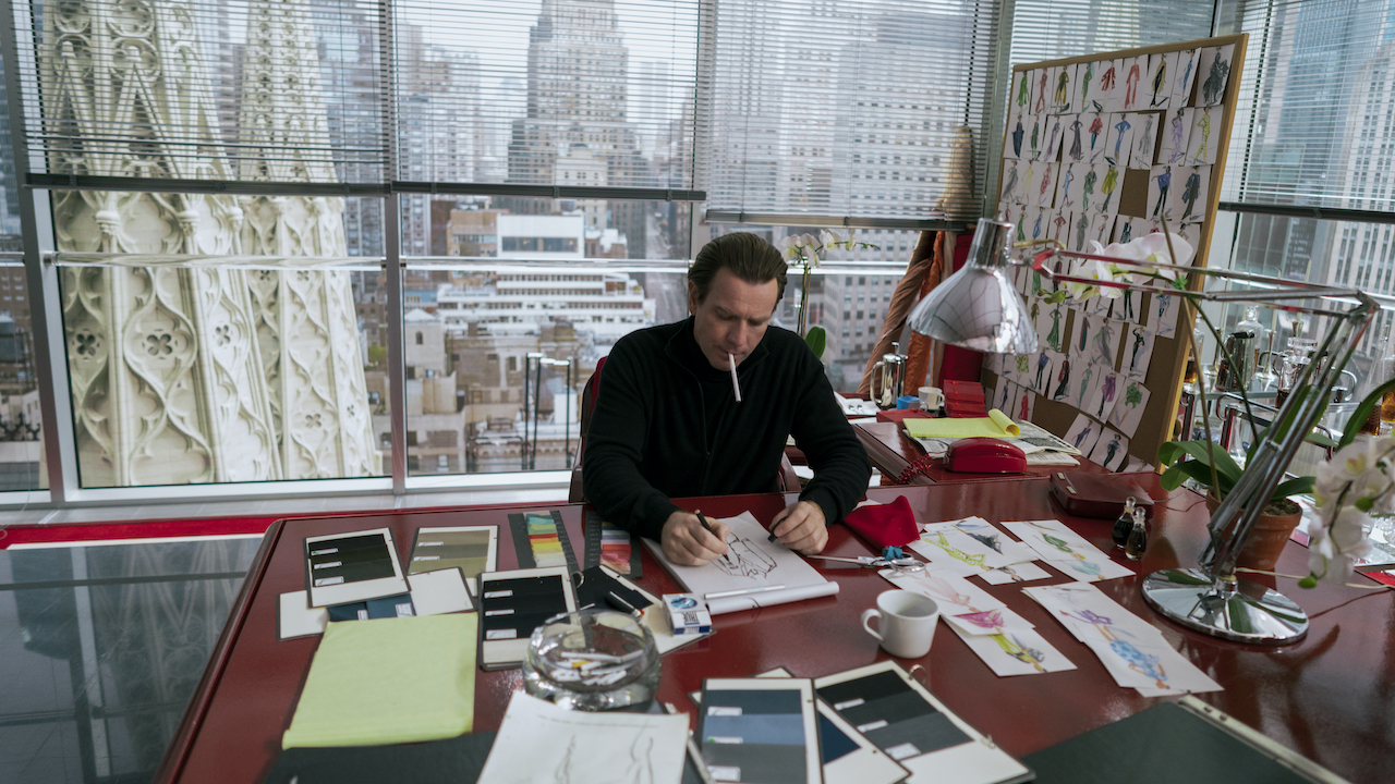man in crowded office