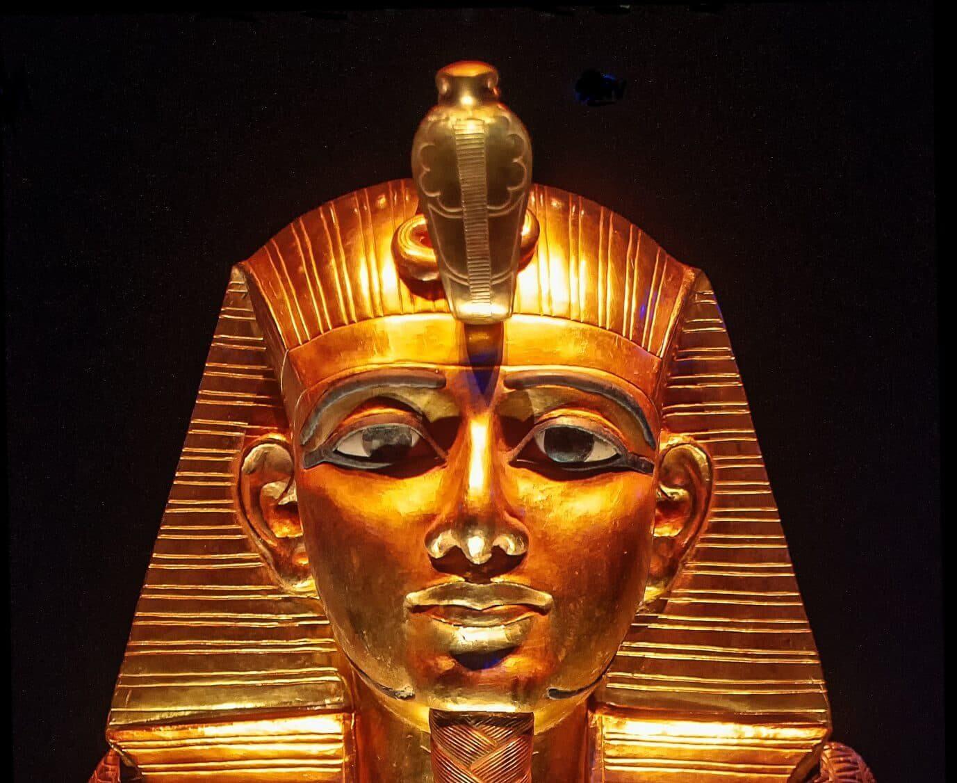 gold pharoh