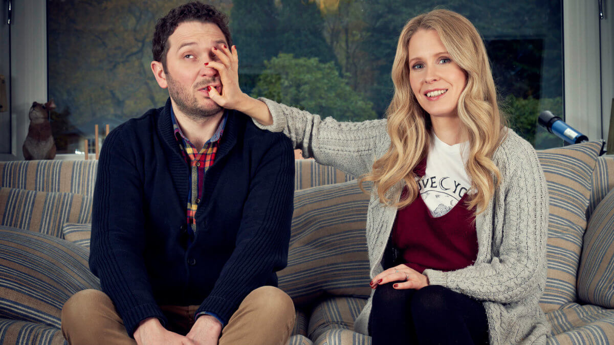jon richardson and lucy beaumont on a sofa
