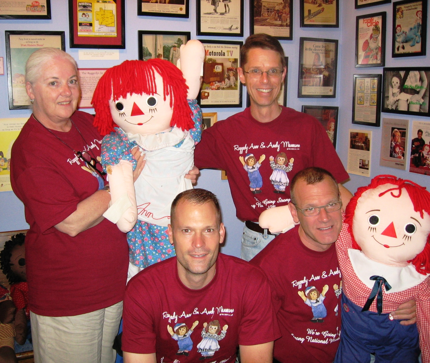 Naturally, we all wore our souvenir Raggedy Ann & Andy Museum T-shirts for the occasion.