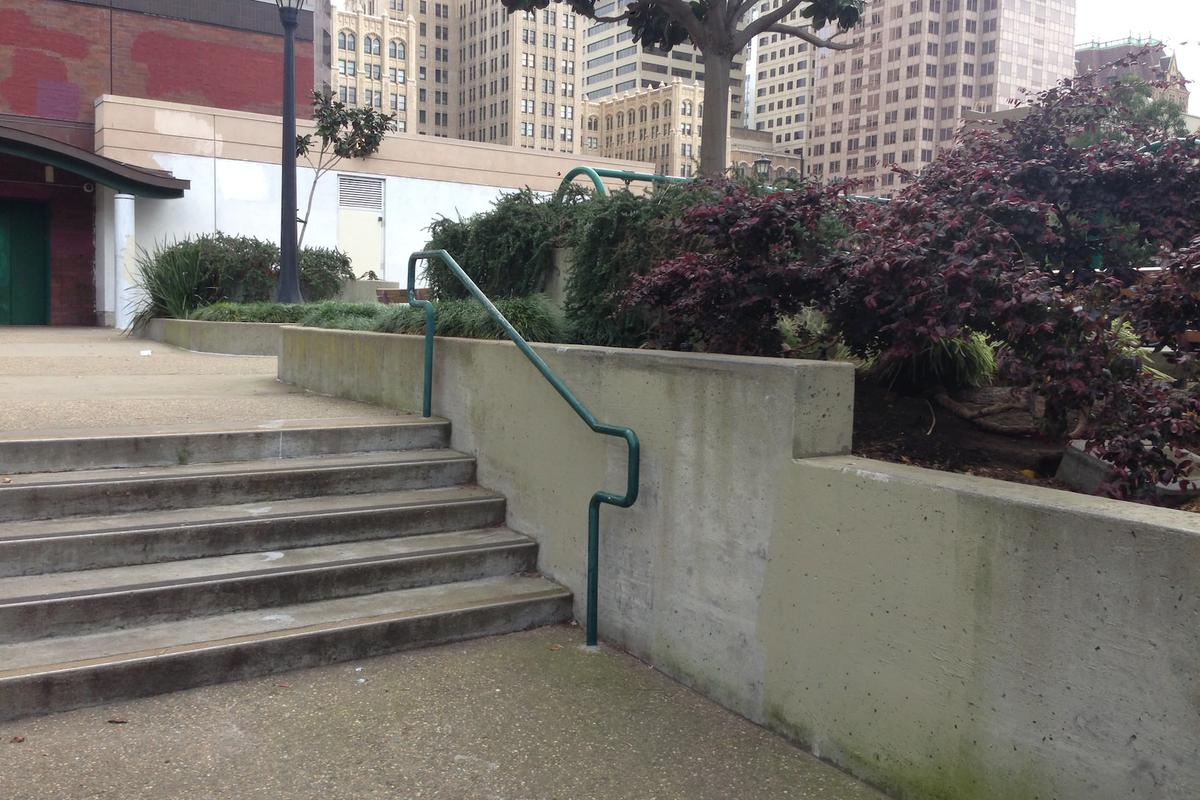 Image for skate spot St. Mary's Square Out Ledge