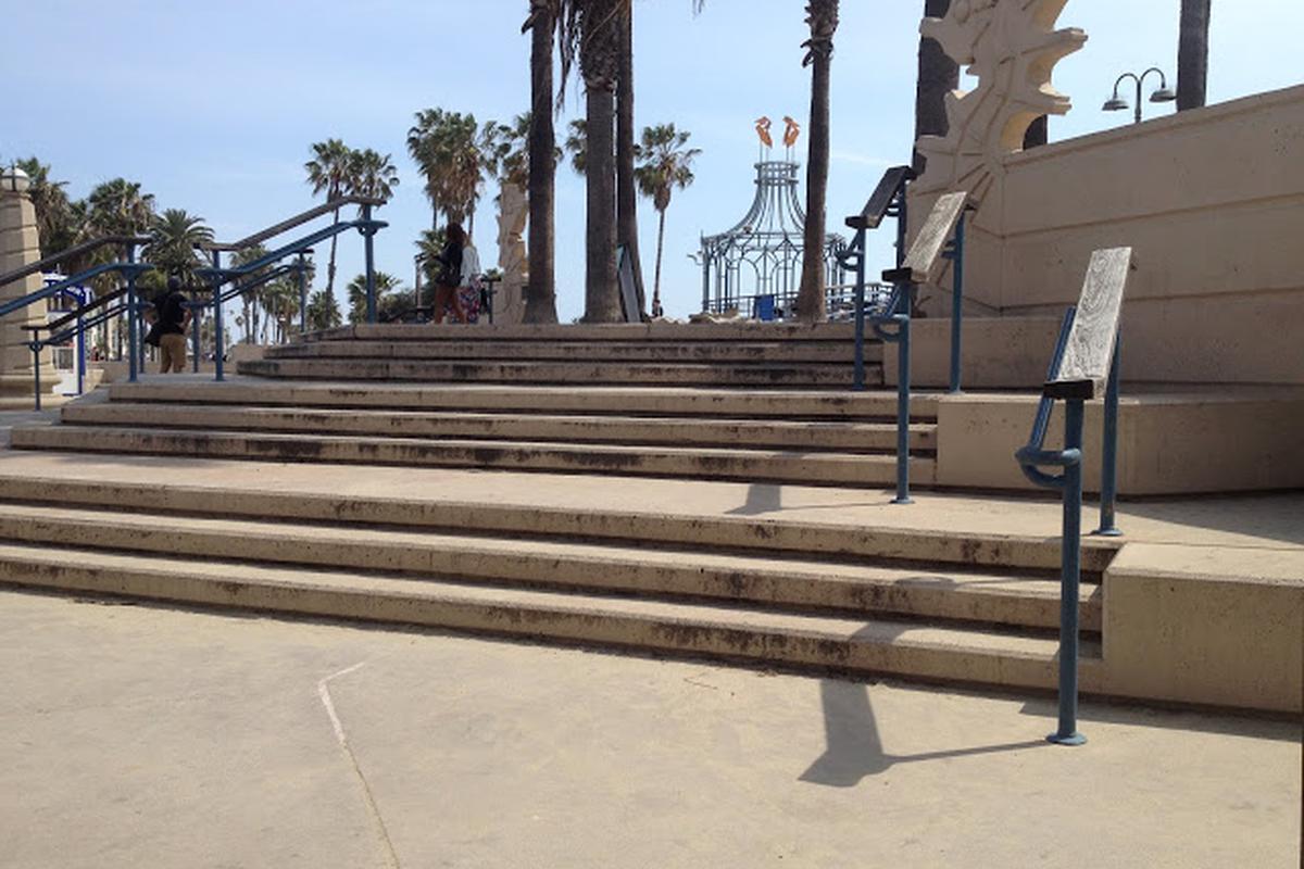 Image for skate spot Santa Monica Triple Set