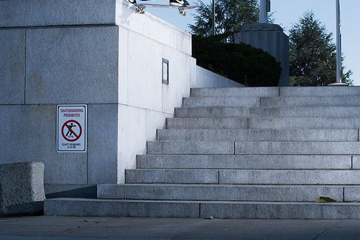 Image for skate spot 10 Stair Out Ledge