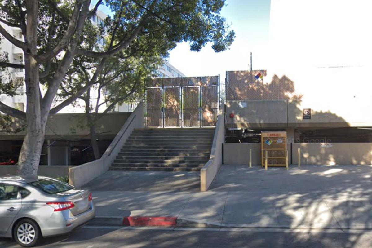 Image for skate spot 13 Stair Gap Over Hubba